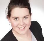 Natalie Broll, Volontärin