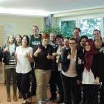 14 Schüler der Schule für Gesundheitsberufe von Vitos Rheingau dürfen sich über die bestandene Prüfung freuen
