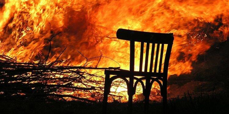 Das gefährliche Spiel mit dem Feuer