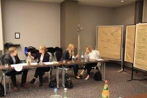 """Angeregte Diskussionen beim Workshop """"Verhandlungsführung"""""""