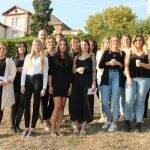 Grund zur Freude bei den Absolventen der Vitos Schulen für Gesundheitsberufe Rheingau und Hochtaunus